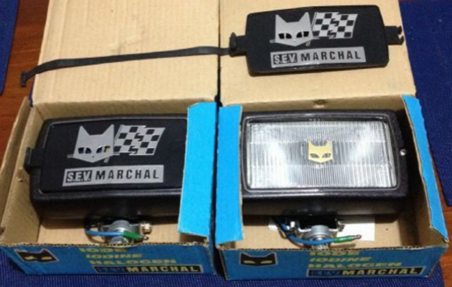 Ford Falcon Fairmont Ghia XD ESP Marchal driving lights fog lights (1).png