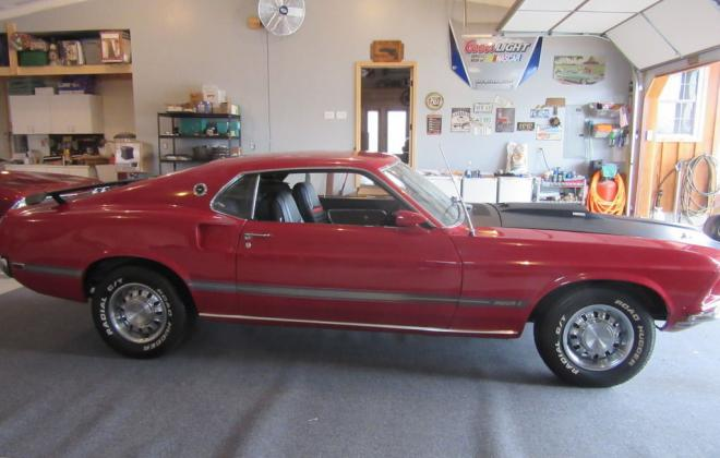 Ford Mustang Mach 1 Side profile.jpg