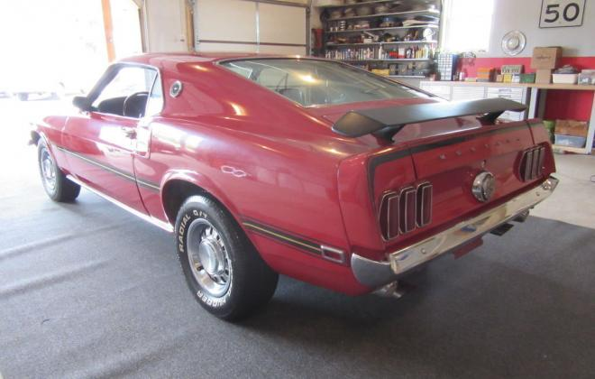 Ford Mustang Mach 1 Spoiler.jpg