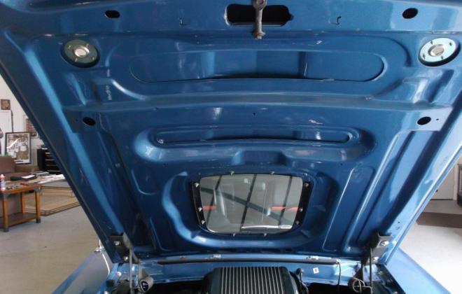 Ford Mustang Mach 1 bonnet.jpg