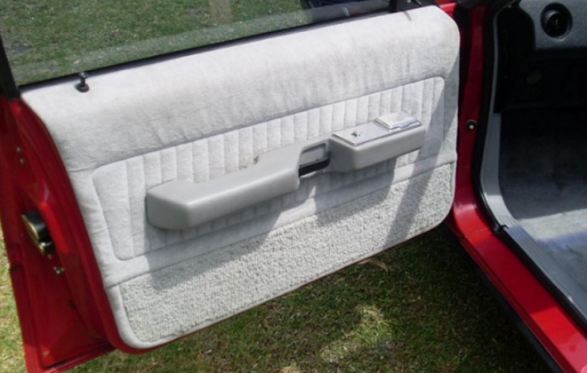 Ford XD ESP grey interior trim scheel seats (2).png