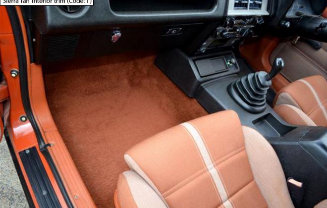 Ford XE Fairmont Ghia ESP Sierra Tan interior trim (2).png