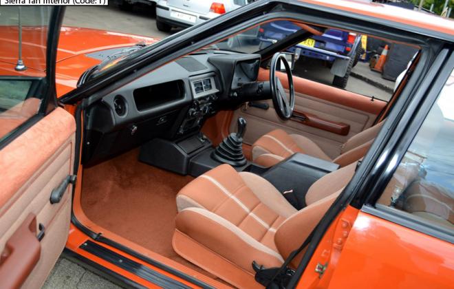 Ford XE Fairmont Ghia ESP Sierra Tan interior trim (6).png