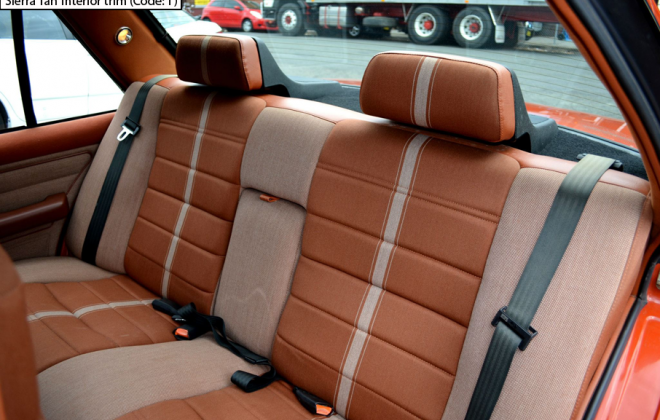 Ford XE Fairmont Ghia ESP Sierra Tan interior trim (7).png