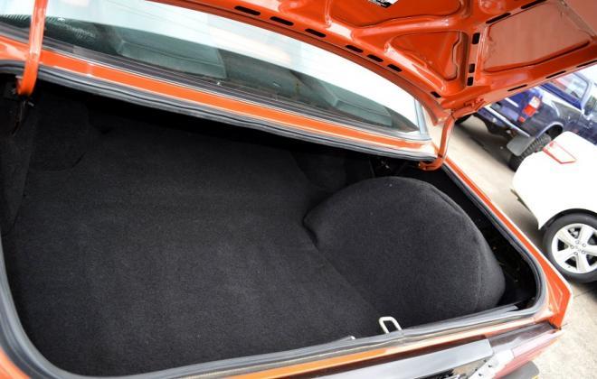 Ford XE Fairmont Ghia ESP trunk.jpg