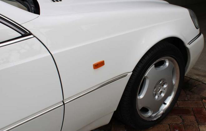 Front mudguard and amber indicator lens Mercedes C140.jpg