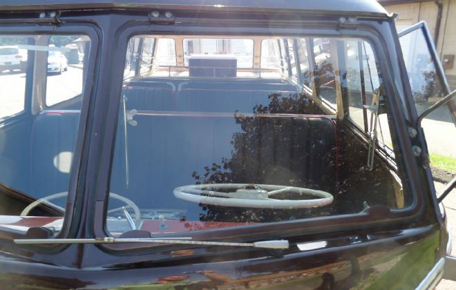 Front windscreen early VW deluxe microbus samba.jpg