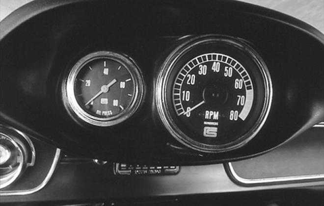 GT 350 1965 tacho.jpg