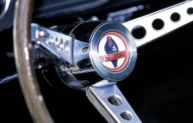 GT350 steering wheel.jpg
