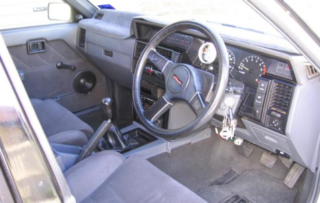 GTS2 R31 Tassie police car interior 1.png