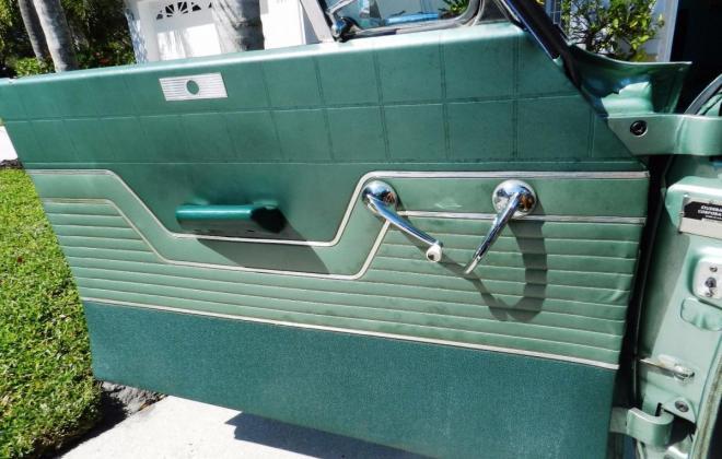 Green 1964 Sudebaker Daytoina Convertible V8 Florida (10).jpg