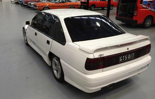 Holden HSV VP GTS Number 17 white paint images (10).jpg