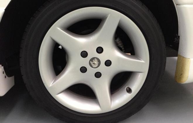 Holden HSV VP GTS Number 17 white paint images (15).jpg