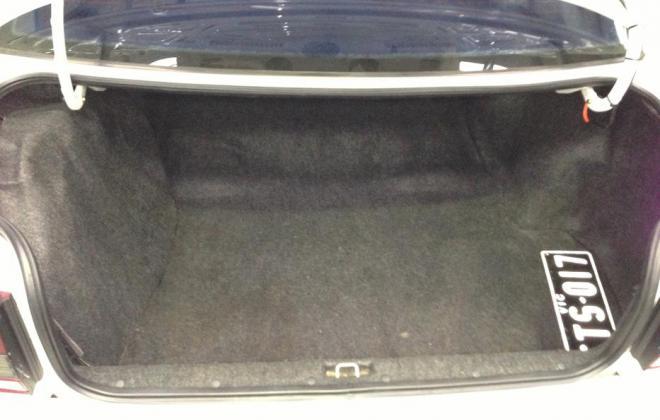 Holden HSV VP GTS Number 17 white paint images (3).jpg