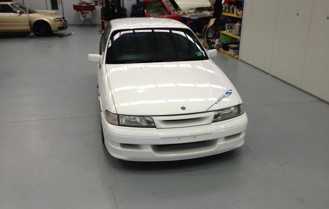 Holden HSV VP GTS Number 17 white paint images (9).jpg