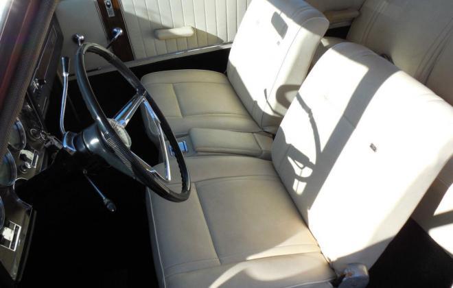 Interior 1966 Studebaker Daytona Sports Sedan creme vinyl (2).jpg