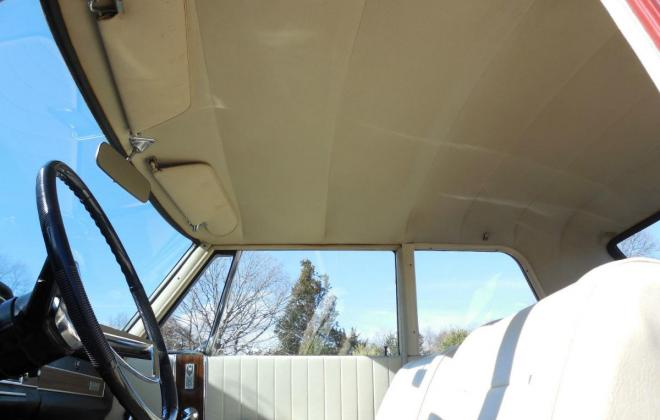 Interior 1966 Studebaker Daytona Sports Sedan creme vinyl (5).jpg