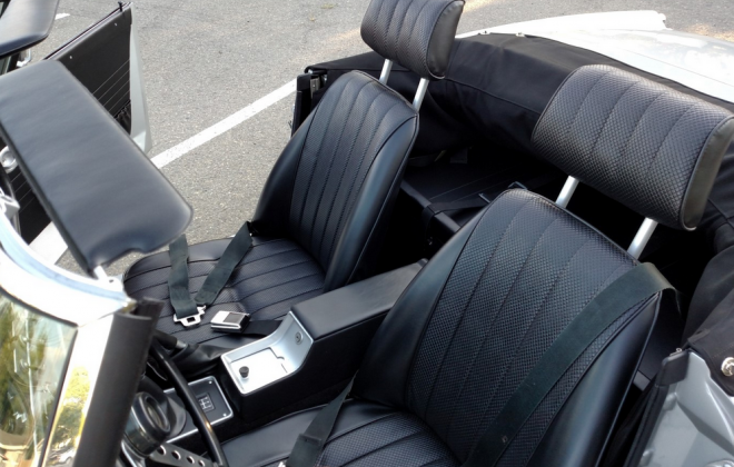 Interior Datsun Fairlady 2000.png