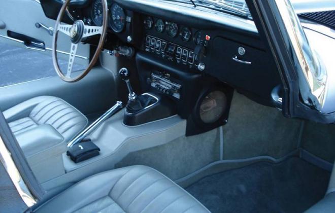 Jaguar 1968 Series 1.5 CKE E-type light blue interior image (2).png