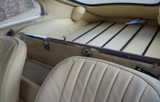 Jaguar 1968 Series 1.5 E-type XKE Cream interior image (1).png