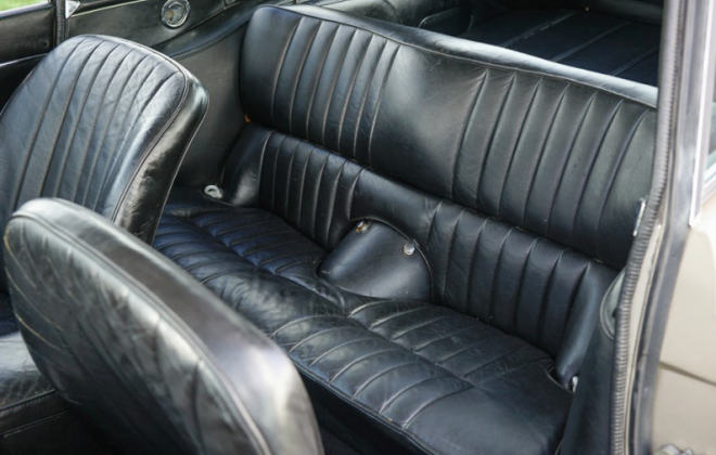 Jaguar E-Type 2 + 2 rear seat image Series 1.5 1968.png
