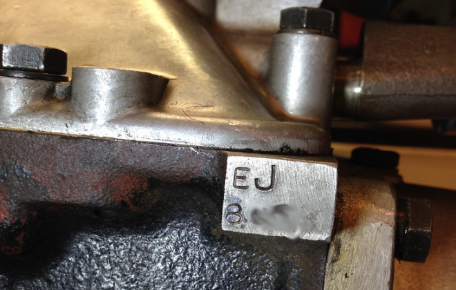 Jaguar E-Type XK-E gearbox number on side of casing.png