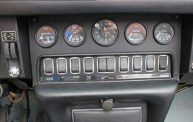 Jaguar XKE E-Type dashboard instruments rocker switches (1).png