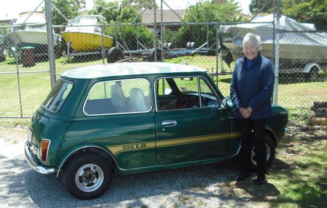 Leyland Mini 998 LS Iridium Green restored.jpg