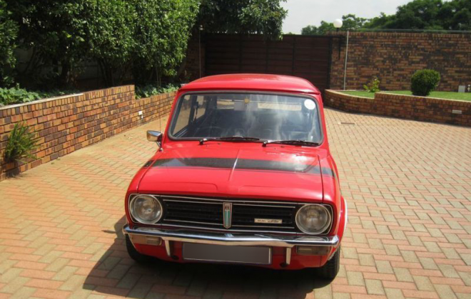 Leyland Mini GTS early grille design.png