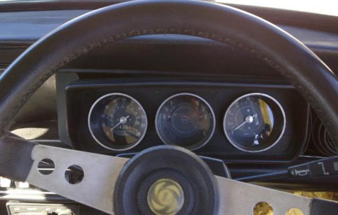 Leyland Mini GTS steering wheel and instruments.jpg