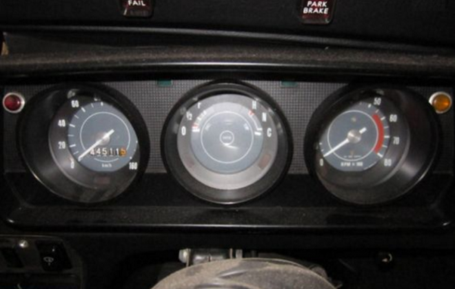 Leyland Mini LS dashboard lights brake fail and park brake.png
