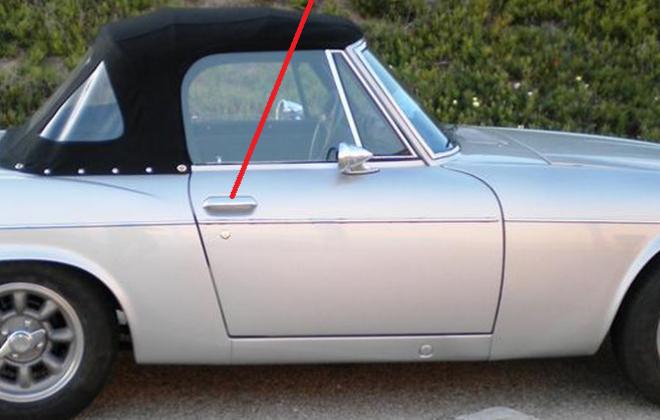 Lift up handles Datsun 1968 Roadster.png