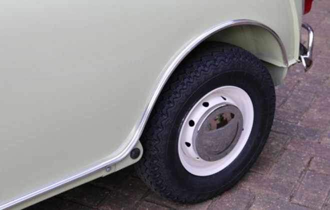 MK1 970cc Cooper S 3.5 X 10 inch wheels.png