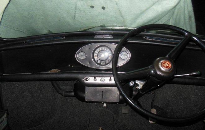 MK1 Morris Cooper S Dashboard.jpg