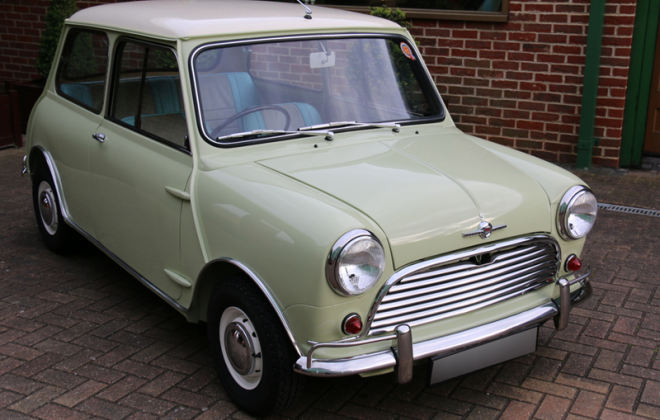 MK1 Morris Cooper S Old English White (WT3) on Fiesta Yellow (YL11) paint image.png