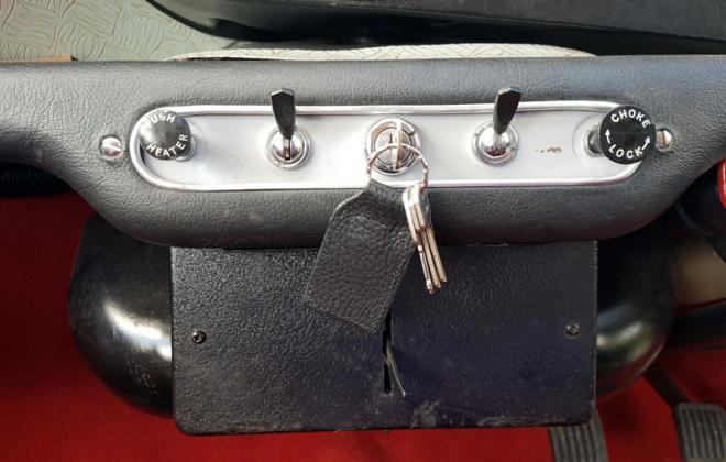 MK1 Morris Cooper S lower dashboard switch panel image.jpg