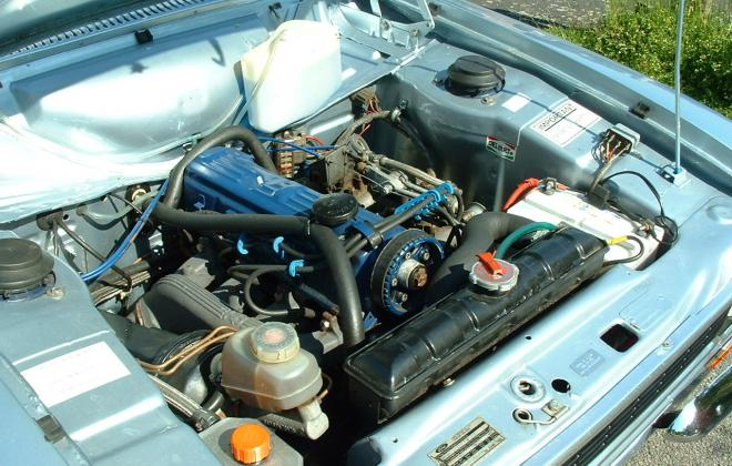 MK1 RS2000 engine bay.jpg