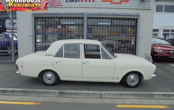 MKII Ford COrtina GT Sedan White images 1969 original restored (8).jpg