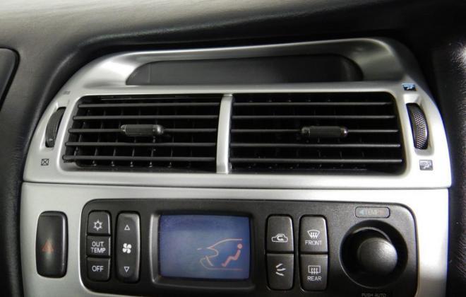 Magna Ralliart interior trim 2002 grey and red cloth (17).jpg