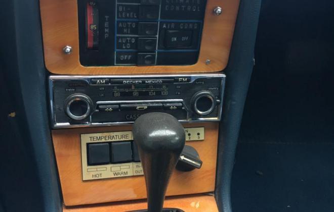 Mercedes 300CD center console.jpg