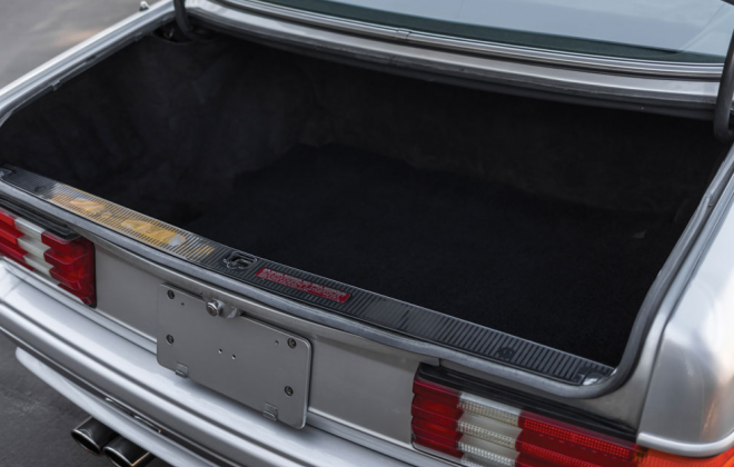 Mercedes 560 SEC 6.0 AMG Widebody Silver back trunk.png