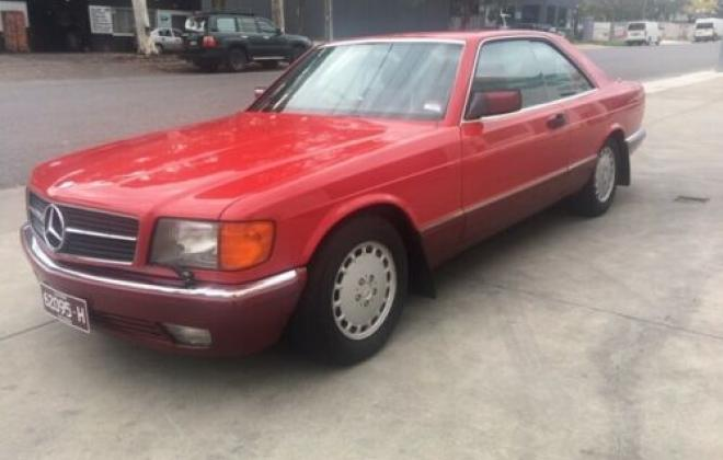 Mercedes 560SEC C126 classic Signal red over burgundy images (2).jpg