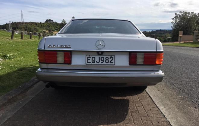 Mercedes 560SEC LHD with cloth trim german spec (5).jpg