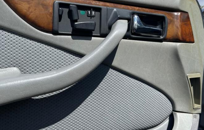 Mercedes 560SEC grey leather interior (3).jpg