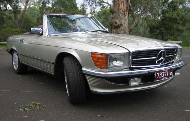 Mercedes 560SL Front shot.jpg