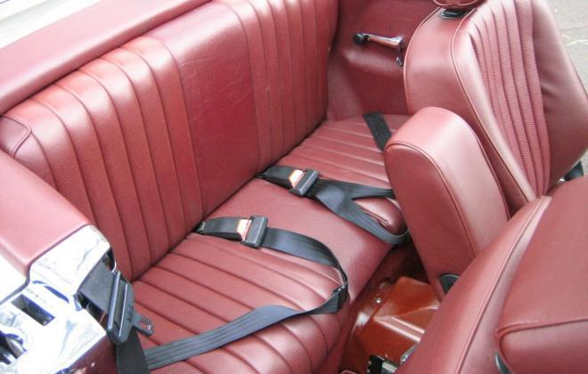 Mercedes 560SL Rear seats.jpg