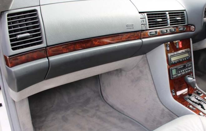 Mercedes C140 Coupe dashboard grey trim.jpg