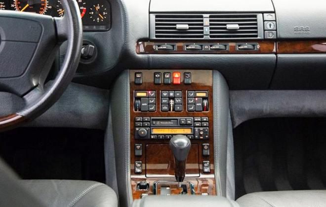Mercedes C140 coupe early dashboard image 1993 - 1995.jpg