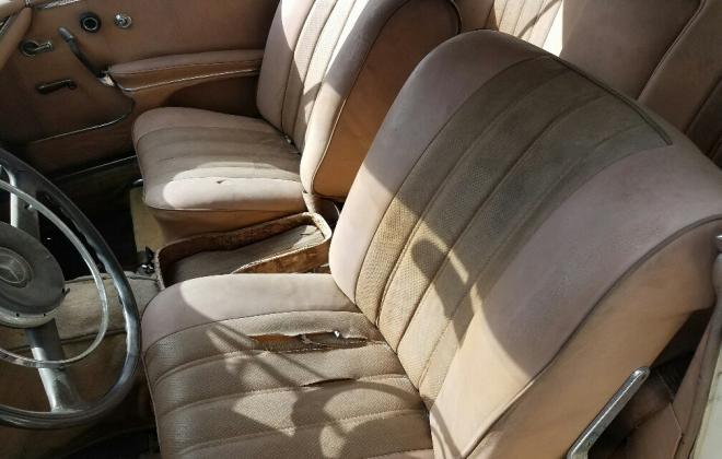 Mercedes W111 250SE coupe beige interior (7).jpg