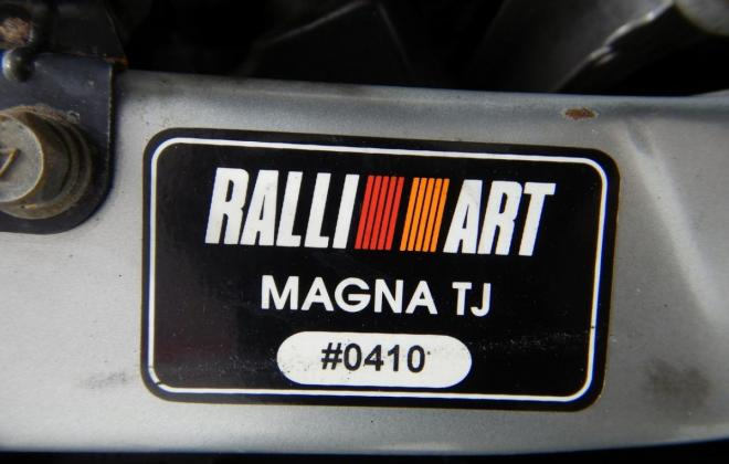 Mitsubishi Magna Ralliart build number and VIN plate (1).jpg